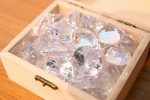 15gのピタリ賞で配られた大きなダイヤモンド型のビーズ