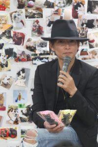 トークショーで登壇したINORANさん(写真提供:にゃんだらけ)