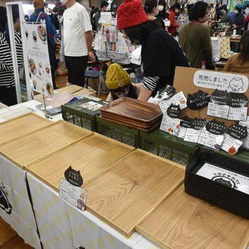 午前中で完売してしまうほど人気のブースも photo by A.Kawasaki