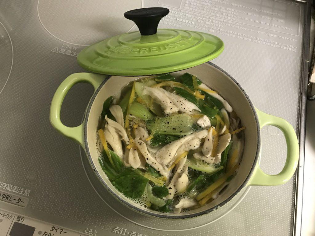 青梗菜とニンジンのスープ