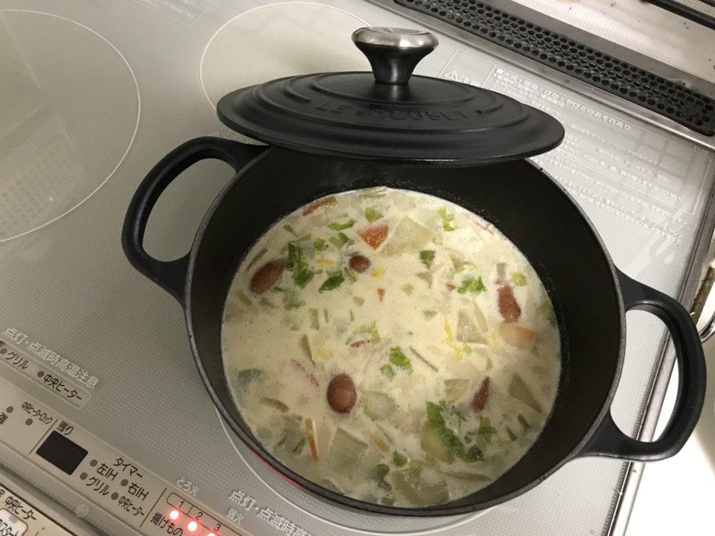 野菜たっぷりミルクスープ
